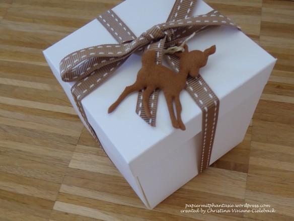 box-weiss-mit-bambi